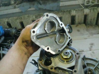 как снять двигатель ваз 2109