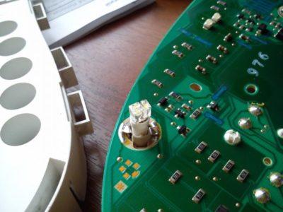 лампочки в приборную панель приора