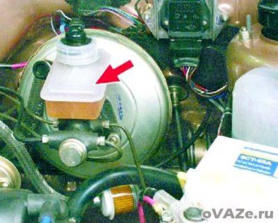 как прокачать тормоза на ваз 2115