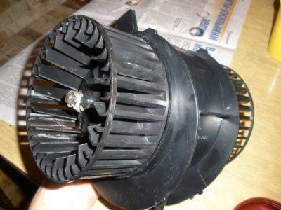как проверить моторчик печки