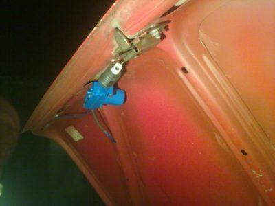как открыть багажник ваз 2106