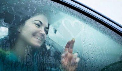 почему в машине потеют стекла