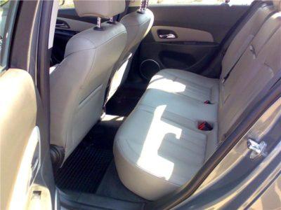 снять заднее сиденье шевроле круз