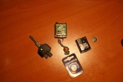 замена батарейки в ключе мазда