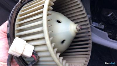 рено логан замена вентилятора печки