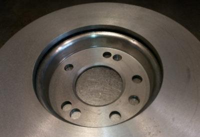 замена тормозных дисков фольксваген