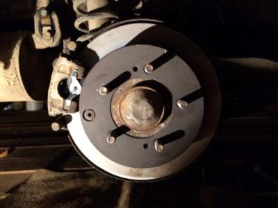 замена задних тормозных дисков на рено флюенс