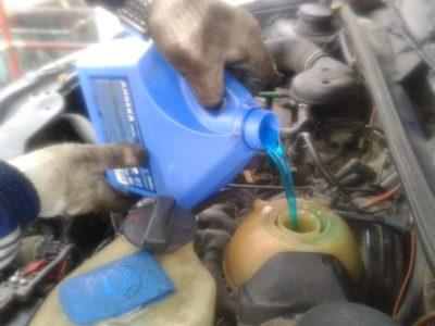 троит двигатель ваз 2110 на холодную