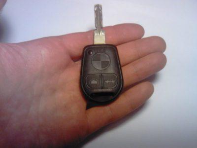 замена батарейки в ключе ниссан