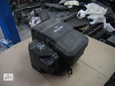как снять аккумулятор форд мондео 4